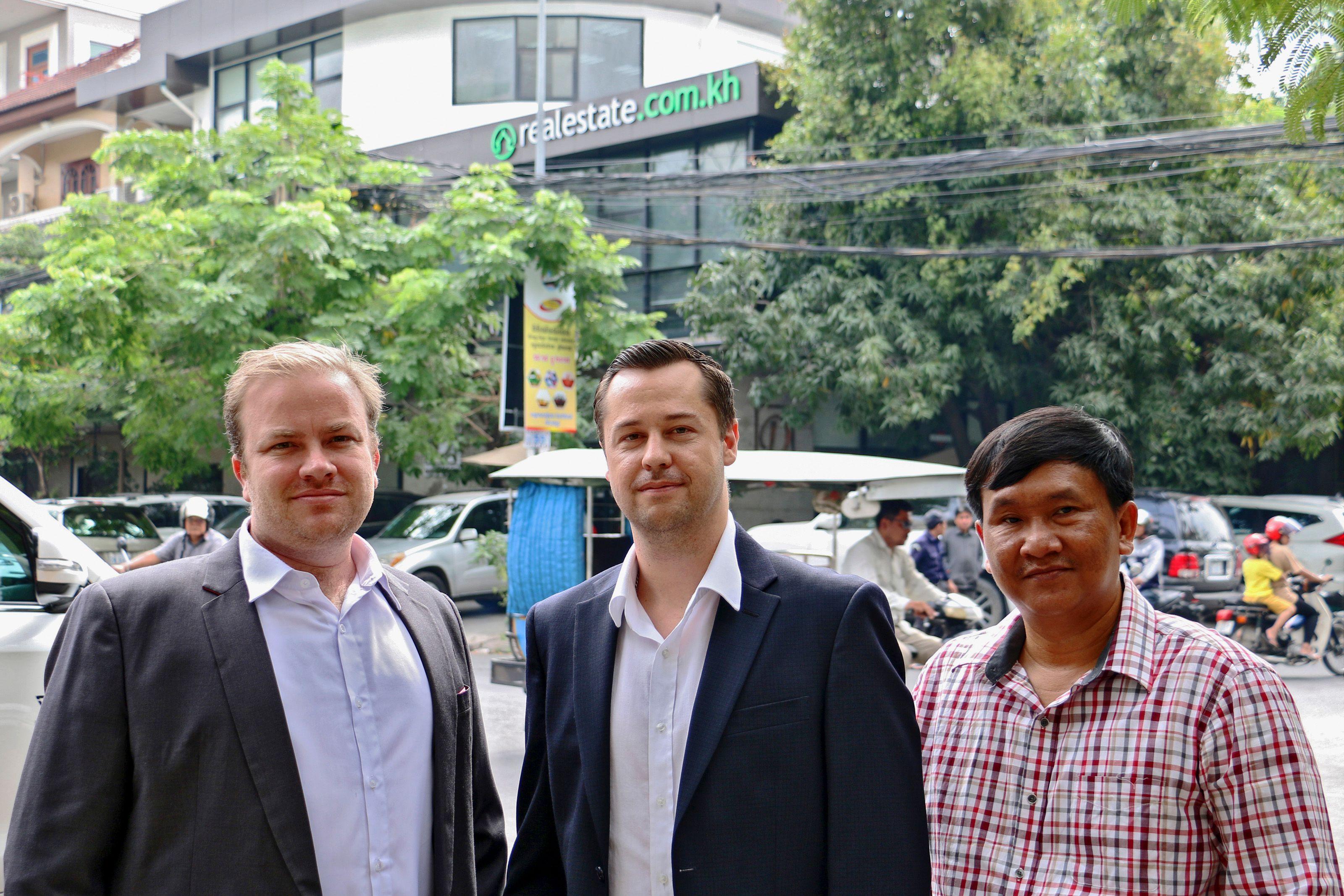 Realestate.com.kh signs MOU with Fazwaz Cambodia